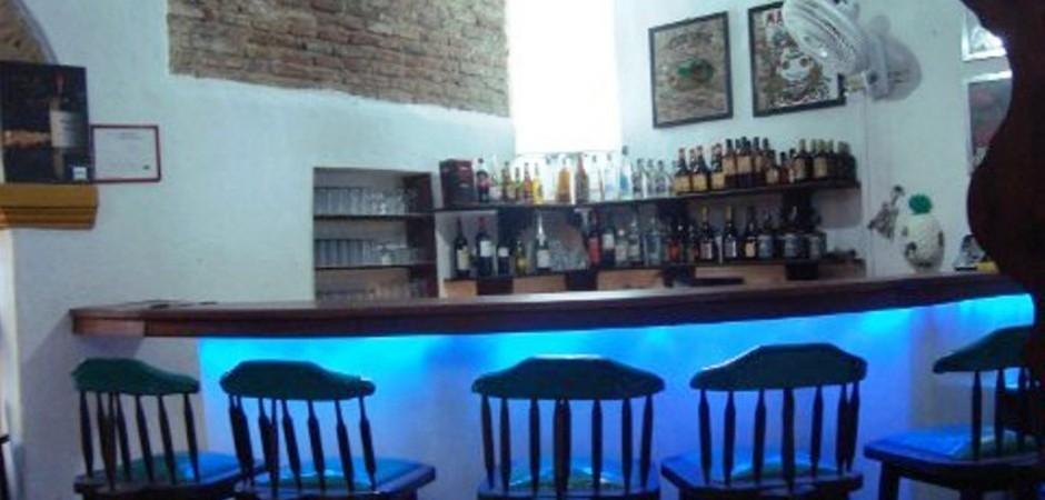 Bar   Fuente hotelcasadelaspalmas com